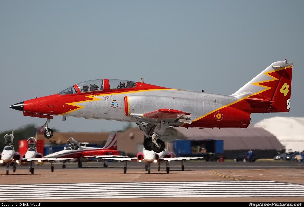 Spain - Air Force : Patrulla Aguila E.25-13 aircraft at Fairford