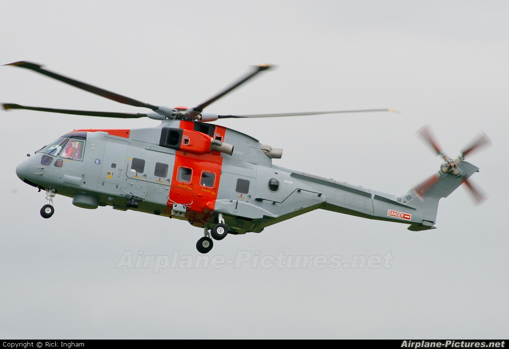 Algeria - Navy ZR328 aircraft at Yeovil