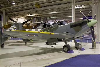 BL614 - Royal Air Force Supermarine Spitfire Mk.Vb