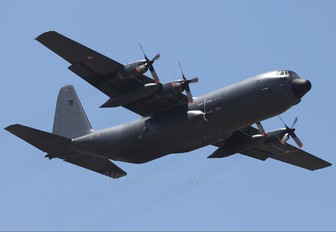 5226 - France - Air Force Lockheed C-130H Hercules