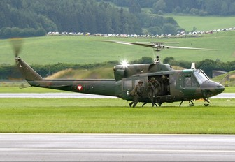 5D-HG - Austria - Air Force Bell 212