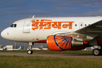 VT-SCF - Indian Airlines Airbus A319