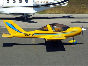 YR-5143 - Private TL-Ultralight TL-96 Star