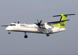 YL-BAX - Air Baltic de Havilland Canada DHC-8-400Q / Bombardier Q400