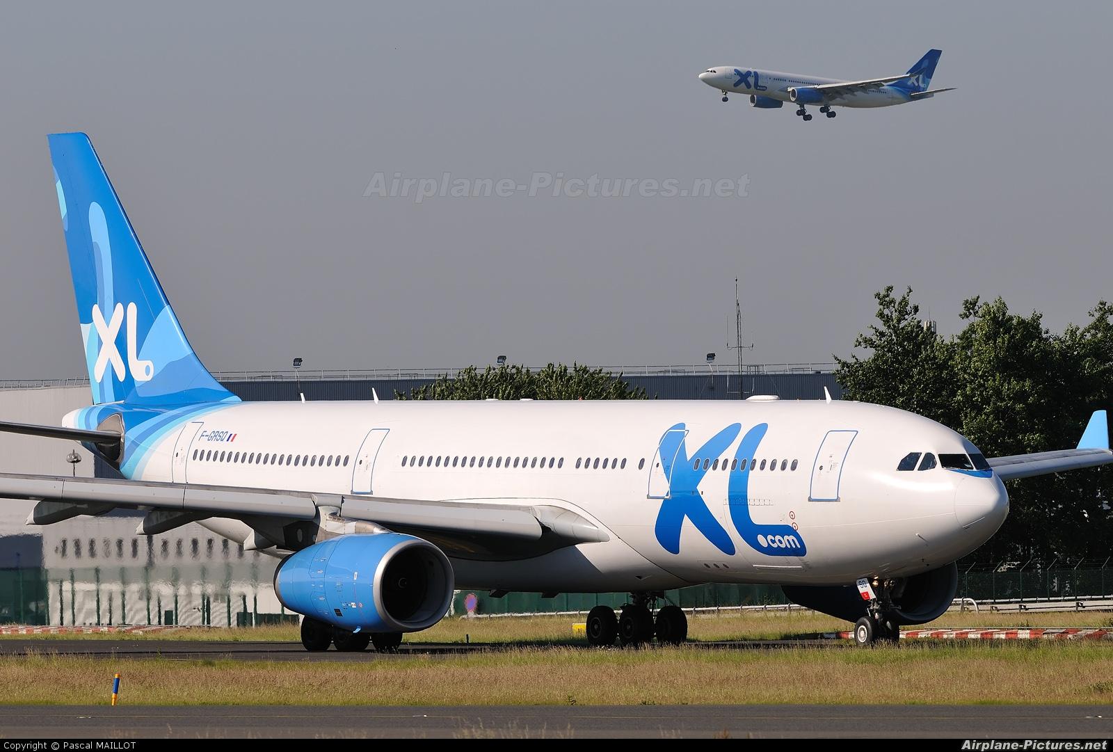 F grsq xl airways france airbus a330 200 at paris for Airbus a330 xl airways interieur