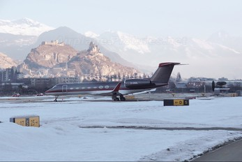 G-CGUL - Gama Aviation Gulfstream Aerospace G-V, G-V-SP, G500, G550