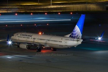 N73256 - Continental Airlines Boeing 737-800