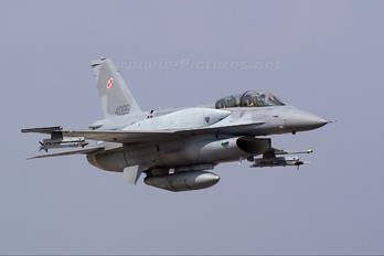 4085 - Poland - Air Force Lockheed Martin F-16D Jastrząb
