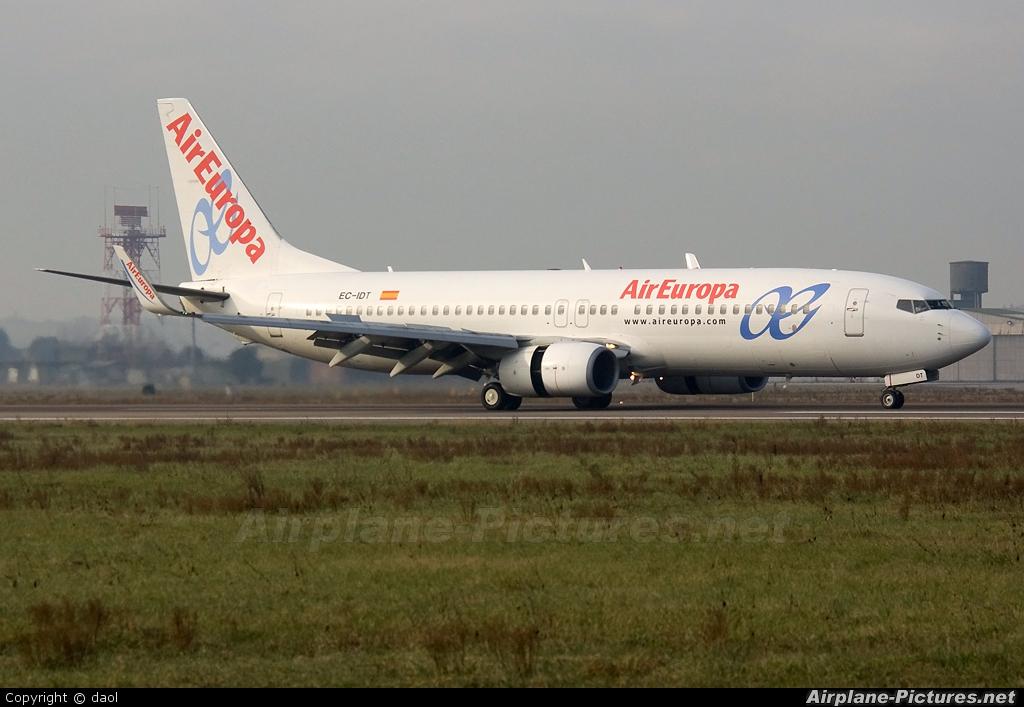 Air Europa EC-IDT aircraft at Verona - Villafranca