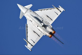 ZJ810 - Royal Air Force Eurofighter Typhoon T.1