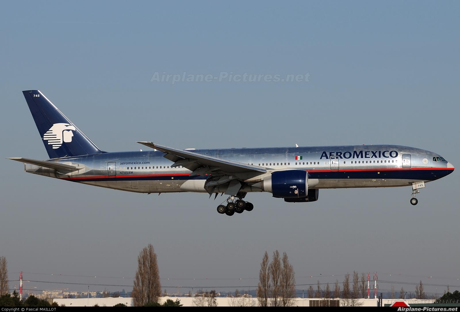 Resultado de imagen para aeromexico barcelona boeing 2007