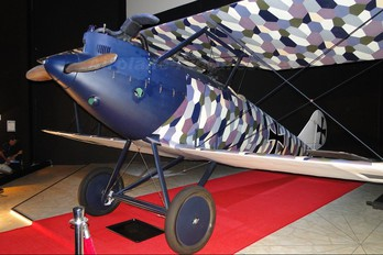 - - Germany - Imperial Air Force (WW1) Pfalz D-III (replica)