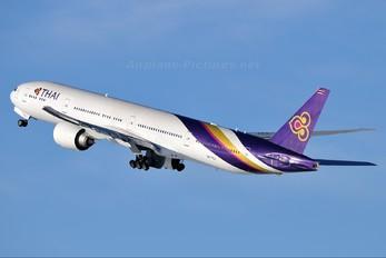 HS-TKJ - Thai Airways Boeing 777-300ER