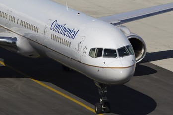 N78866 - Continental Airlines Boeing 757-300