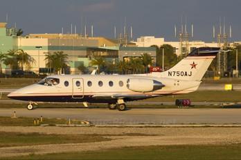 N750AJ - Private Hawker Beechcraft 400XP Beechjet