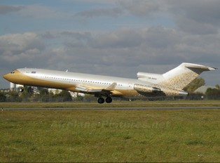 4K-8888 - ESW Business Aviation Boeing 727-200 (Adv)