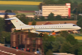 HB-JGY - Private Bombardier BD-700 Global 5000