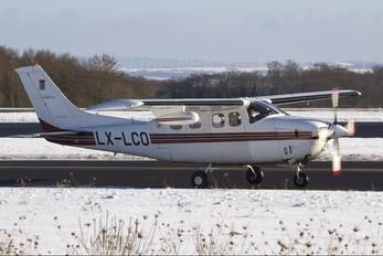 LX-LCO - Private Cessna 210 Centurion