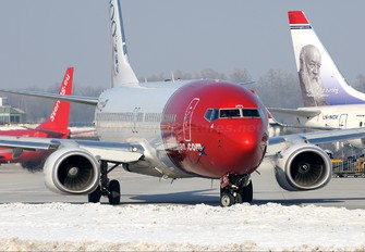 LN-NOL - Norwegian Air Shuttle Boeing 737-800