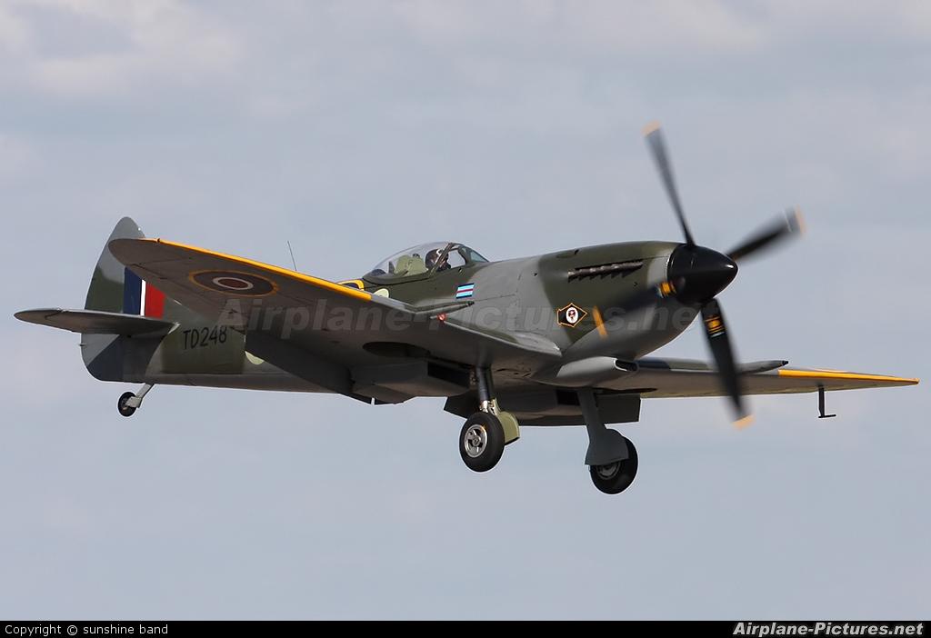 Spitfire G-OXVI aircraft at Waddington