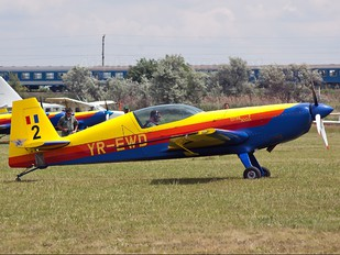YR-EWD - Hawks of Romania Extra 300L, LC, LP series