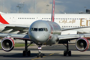 G-LSAG - Jet2 Boeing 757-200