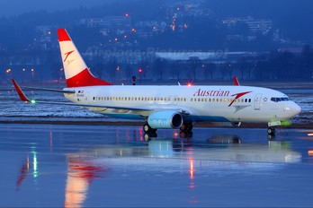 OE-LNQ - Austrian Airlines/Arrows/Tyrolean Boeing 737-800