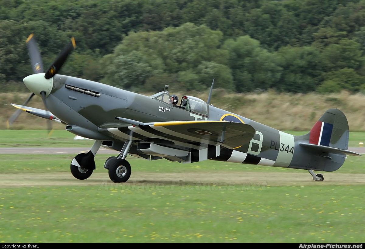 Spitfire G-IXCC aircraft at Brighton - Shoreham