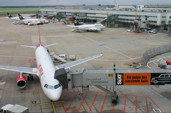 D-ALTF - Air Berlin Airbus A320