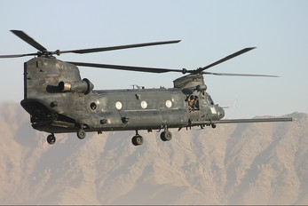 89-0161 - USA - Army Boeing MH-47D Chinook