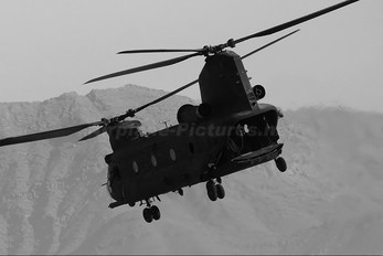 89-0160 - USA - Army Boeing MH-47D Chinook