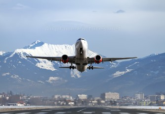 LN-RCZ - SAS - Scandinavian Airlines Boeing 737-800