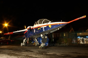 XW566 - Royal Aircraft Establishment Sepecat Jaguar T.2