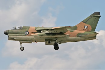 160560 - Greece - Hellenic Air Force LTV A-7E Corsair II