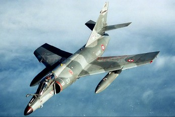 33 - France - Navy Dassault Super Etendard