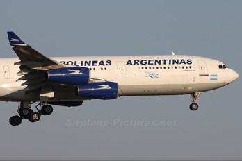 LV-ZPO - Aerolineas Argentinas Airbus A340-200