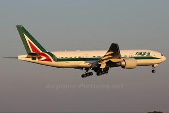 I-DISE - Alitalia Boeing 777-200ER