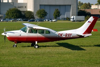 OK-RAY - Private Cessna 210 Centurion