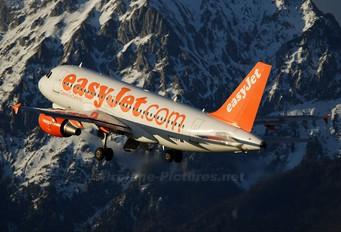 G-EZBY - easyJet Airbus A319