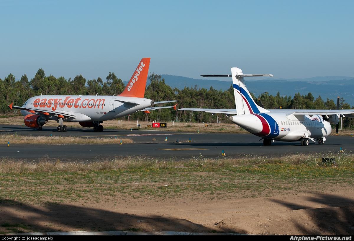easyJet Switzerland HB-JZF aircraft at Santiago de Compostela