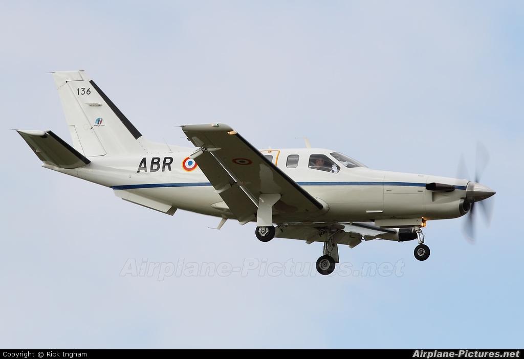France - Army 136 aircraft at Boscombe Down