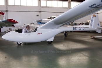 EC-GTZ - SENASA PZL PW-5 Smyk