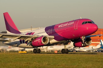 HA-LPS - Wizz Air Airbus A320