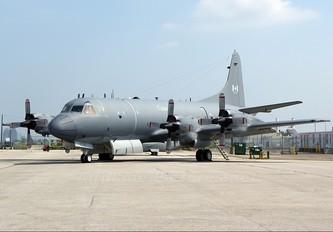 140106 - Canada - Air Force Lockheed CP-140 Aurora