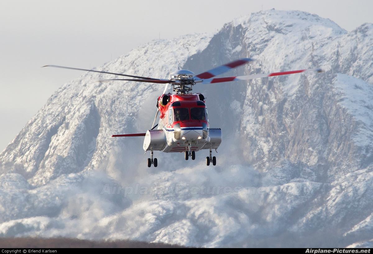 CHC Norway LN-OQI aircraft at Brønnøysund