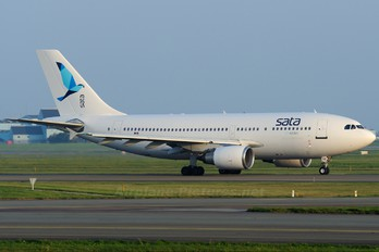 CS-TKM - SATA International Airbus A310