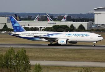 F-ORUN - Air Austral Boeing 777-200ER