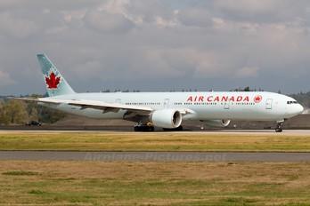 C-FIUV - Air Canada Boeing 777-300ER
