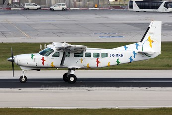 5R-MKH - Private Cessna 208 Caravan