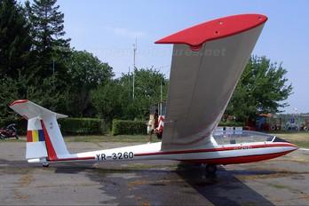 YR-3260 - Romanian Airclub IAR Industria Aeronautică Română IS 28B2 Lark